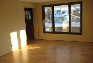 West River Drive 2 Bedroom 10 Feet from Bus Stop