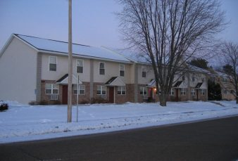 One Block to Campus – 4 Bedroom / 2 Bath Townhouse