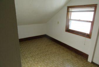 Prentice Street Duplex – 2 Bedroom – Upper
