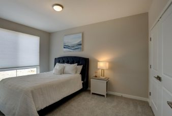 Luxury Lake Park Apartments