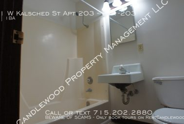 One Bedroom Marshfield Apartment Available NOW!